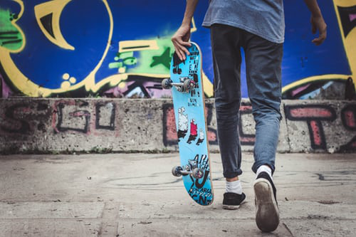 SKATEBOARD & GRAFFITI
